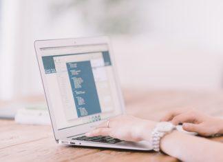 Gdzie montować system rezerwacji i płatności online?